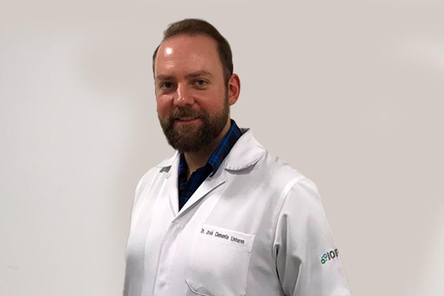 Dr. Gustavo Vasili Lucas