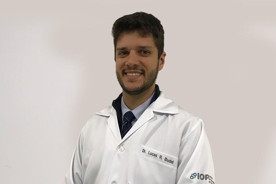 Dr. Lucas Budel