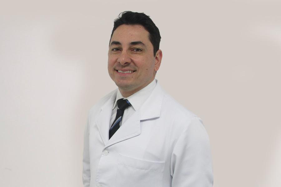 Dr. Luiz R. Guimarães