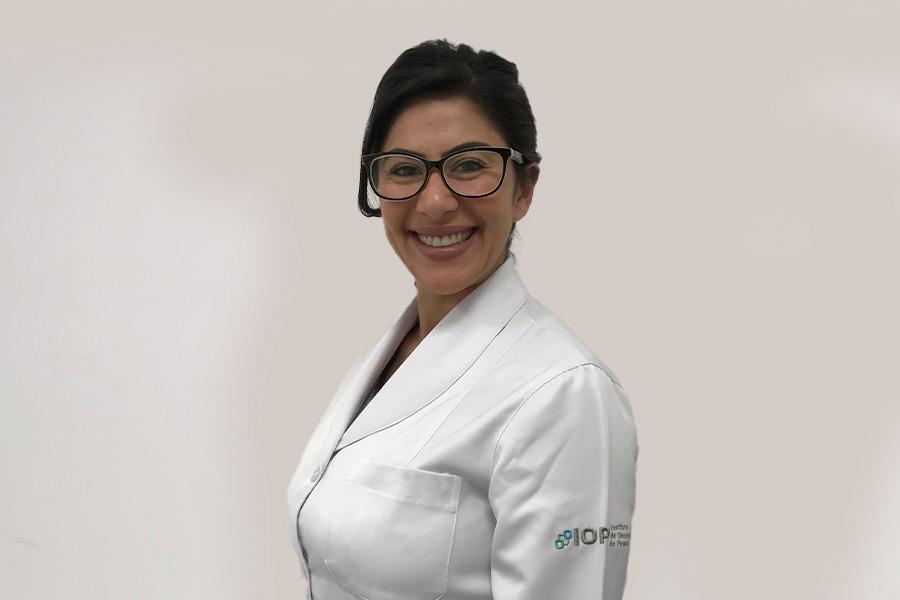 Dra. Renata Tenório