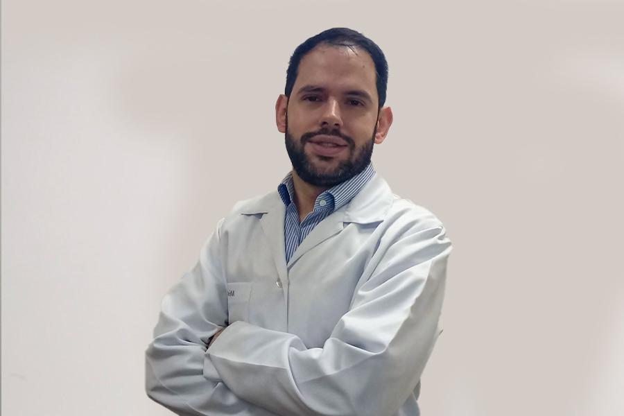 Dr. Rodrigo Bernardi
