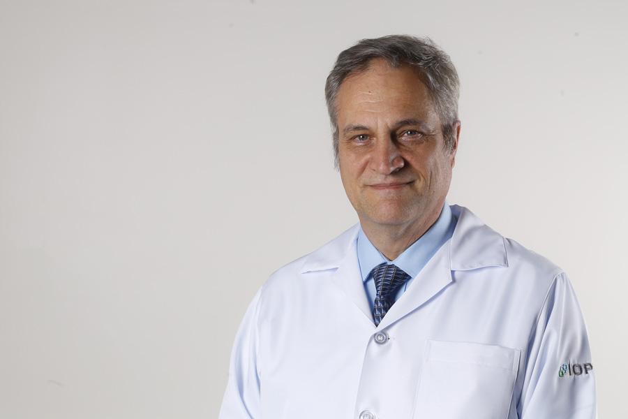 Dr. Vinicius Milani Budel