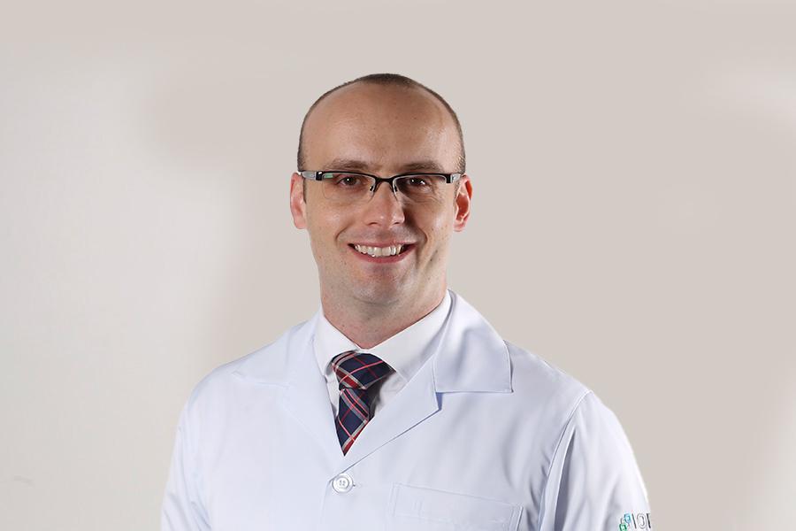 Dr. Vinícius Preti